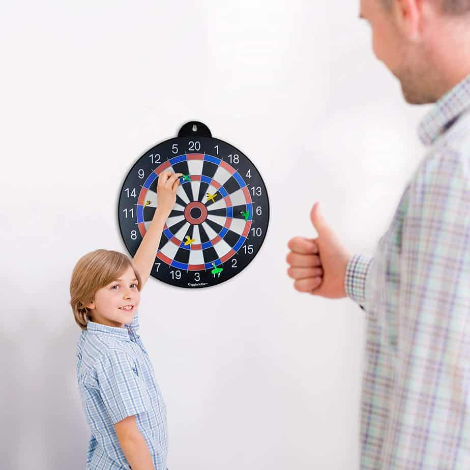 Reversible Magnetic Dart Board